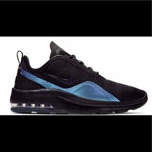 Nike Shoes - Nike Air Max Motion 2